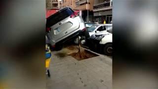 Dos peatones, heridos leve en un accidente de coche en calle Industria