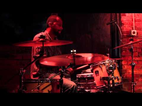 "Snarky Puppy feat. Little John Roberts - ""Native Sons"" drum solo @ Evening Muse"