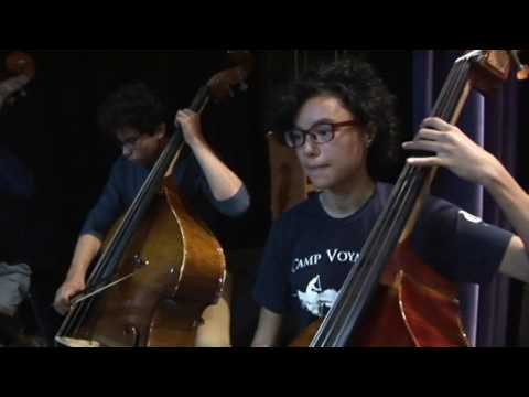 Wyoming High School Orchestra with Electric Violinist Mark Wood 2016