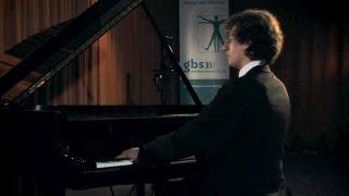 Adel F. Mohsin spielt Franz Liszt: Ungarische Rhapsodie Nr.15