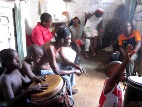malongo munanzo Lucero Nfinda