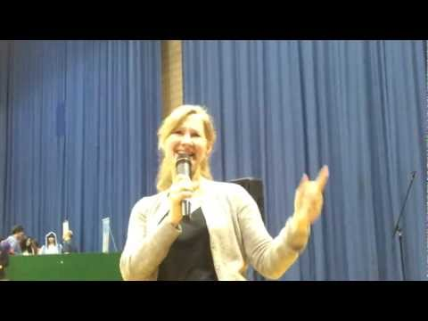 "Veronica Taylor (Ash Ketchum) Says ""Over 9000"" SunnyCon 2012"