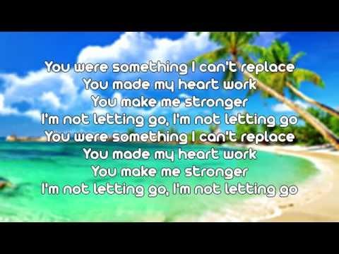 Tinie Tempah Ft Jess Glyne - Not Letting Go (Lyrics On Screen)