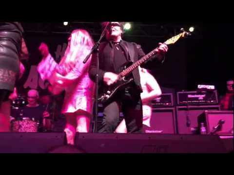 The Stranglers invade The Rezillos stage Glasgow 2015