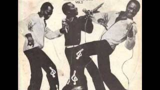 Gnonnas Pedro & His Dadjes Band - La Musica En Vérité