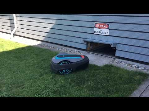 Gardena SILENO City Mähroboter Automower Mower Garage mit Tor Door