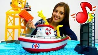 Видео для детей: МиМиЛэнд. Машинки, Элаяс и морской порт