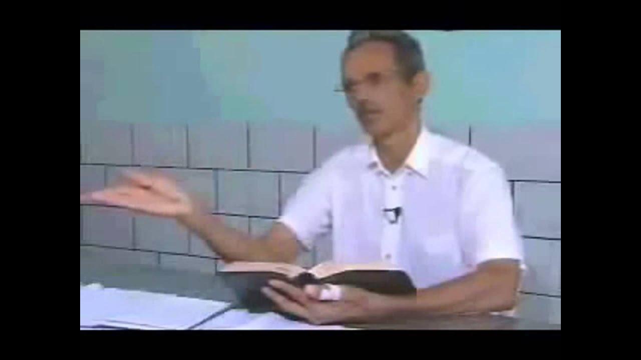 Incre ble pastor interpreta la biblia y se folla a la for Follando a la oficinista
