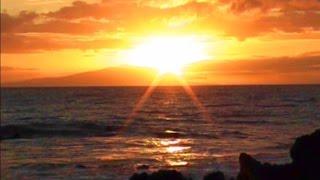Relaxing Maui Sunset Ocean Surf Sound 1 Hour Full HD