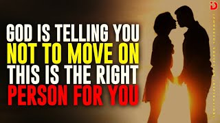 WHEN GOD IS TEĻLING YOU NOT TO MOVE ON THAT'S THE RIGHT PERSON FOR YOU -BEST RELATIONSHIP VIDEO EVER