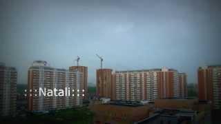 Удар молнии в строительный кран.Лобня.(Это видео снято 29 мая 2015 года в городе Лобня,недалеко от аэропорта Шереметьево.Молния ударила в стрелу стро..., 2015-05-29T15:17:33.000Z)
