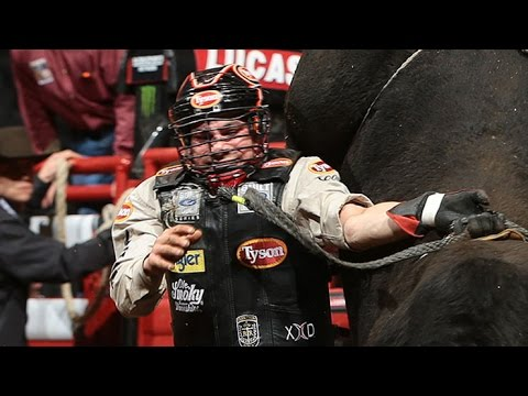 Wreck Chase Outlaw Gets Roughed Up By Sinful Nature Pbr