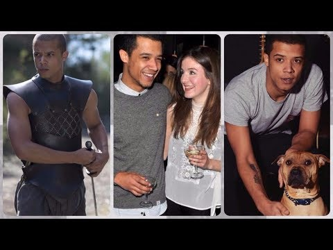 Jacob Anderson (Grey Worm in Game of Thrones) Rare Photos | Family | Friends | Lifestyle