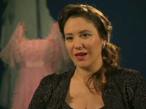 Fantástico: Maria Rita canta pela primeira vez os sucessos da mãe e se emociona ao lembrar dela