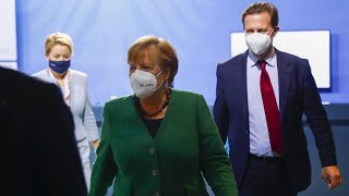 """Steigende Corona-Zahlen: Bundesregierung sieht """"ernste Lage"""""""