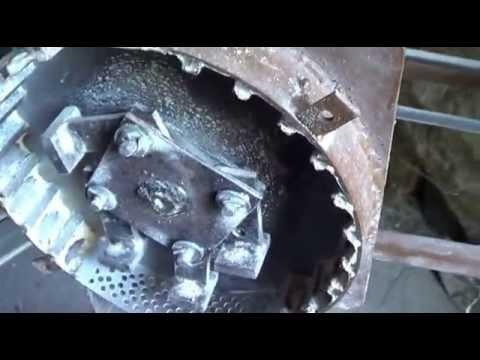 Зернодробилка своими руками из пылесоса
