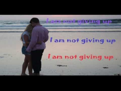 Alli Simpson - Notice me Lyrics/Karaoke Video New Single
