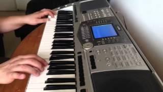 مقطع من اغنية فاتت سنه لمياده عزف ترجمه باسل الشيخلي