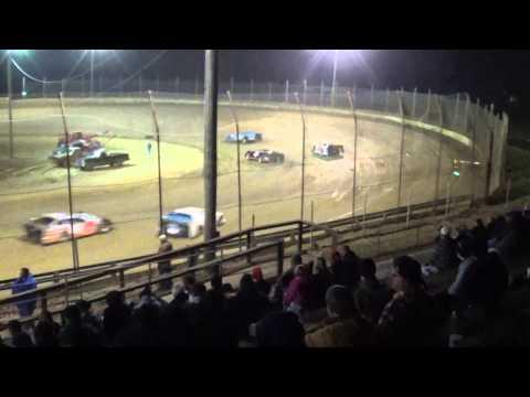 CrazyJohn Video Late model action from Moler Raceway Park Gobbler