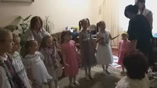 """Подготовка к съёмкам эпизода """" Встреча Нового года в детском доме"""" с участием воспитанников """"У Син"""","""