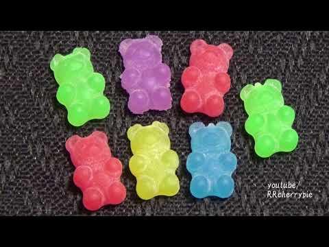 Capsule toys 29 - Punitto Hamburger, Punitto Gummy, The Ant