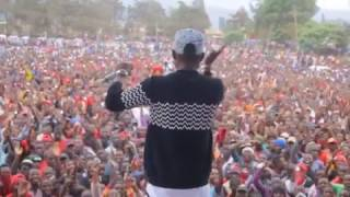 Msanii darasa ajaza watu katika Tamasha lake lilofanyika Mbeya.