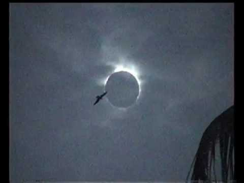 Pakistan Adventure: Eclipse of the sun Aug 1999 Karachi