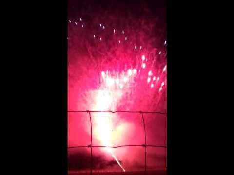 600 Shot Sky Painter RWB fireworks cake