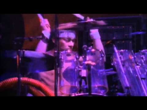 Van Halen - Love Walks In [Live]