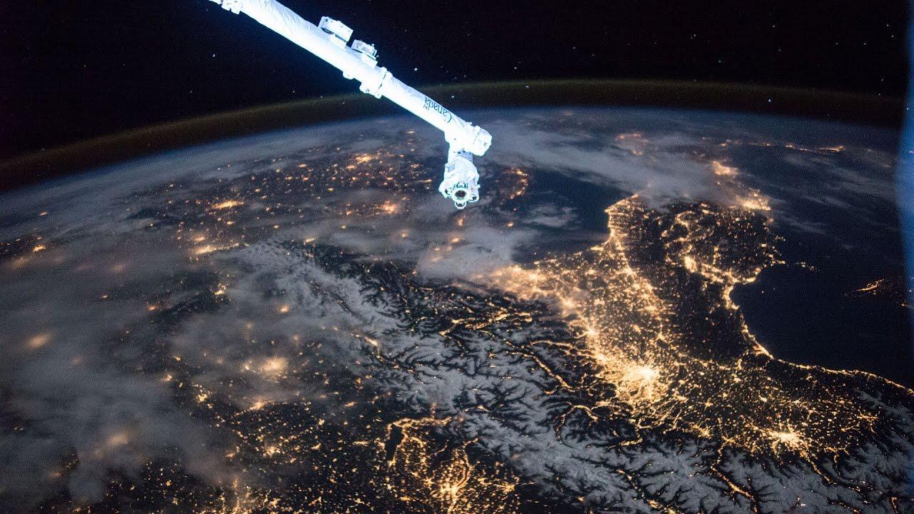 low earth orbit freefall - photo #25