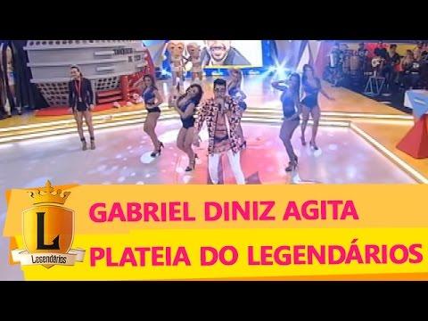 Gabriel Diniz leva plateia à loucura com sua música