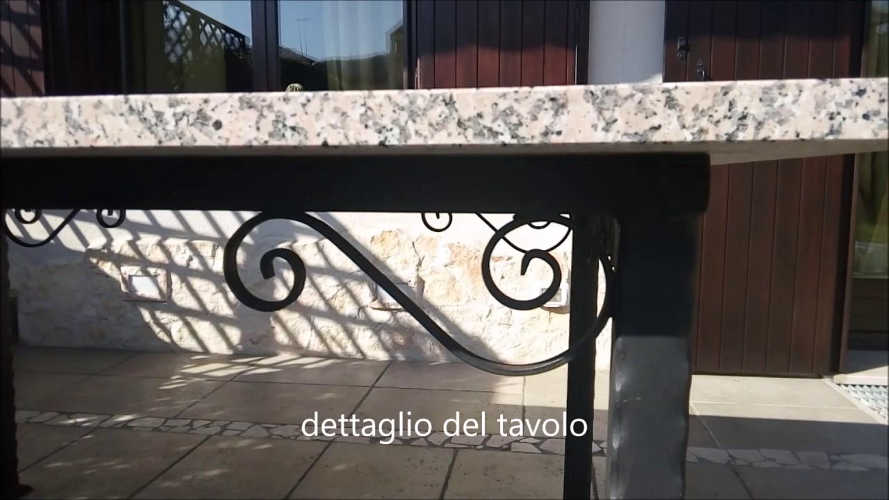 Tavolo In Ferro Battuto Per Esterno : Tavolo da giardino in ferro battuto e pietra youtube