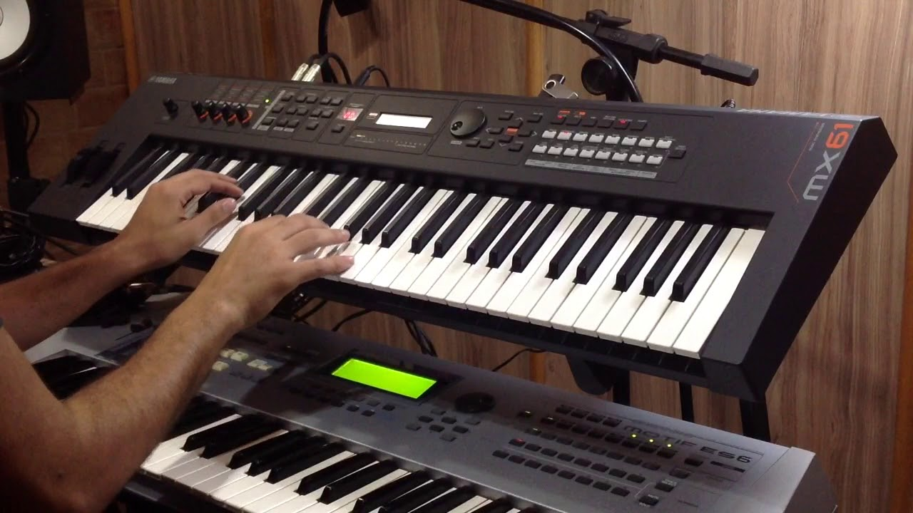 Yamaha Mx61 Fm Piano Versace On The Floor Youtube