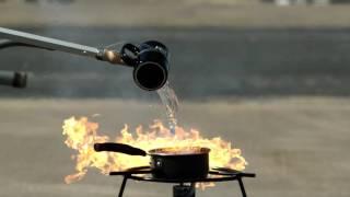 Почему нельзя тушить раскаленное масло водой
