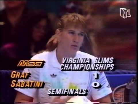 Gabriela Sabatini v Steffi Graf Virginia Slims 1990 pt1