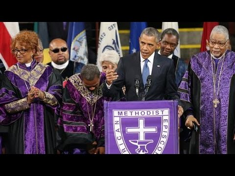 Obama Sings Amazing Grace at Pinckney Funeral