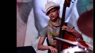 Esperanza Spalding performs Weaver of Dreams