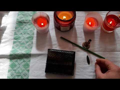 На приход денег . Ритуал с лавровым листом и кошельком