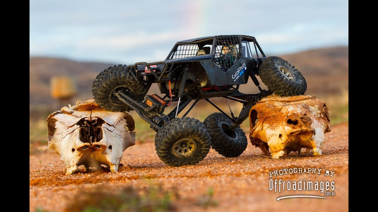 Tim S Custom Axial Wraith Crawling In Broken Hill
