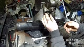 Регулировка давления масла двигателя ЯМЗ-240 редукционным клапаном на корпусе фильтра.