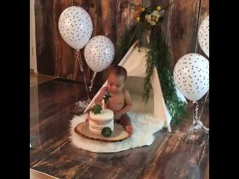 Yuris Wild One Birthday Cake Smash