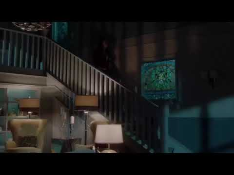 Famous In Love 2x08 - Paige's Stalker