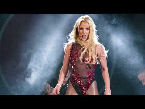 Britney Spears Hombre Armado Durante Show en Las Vegas