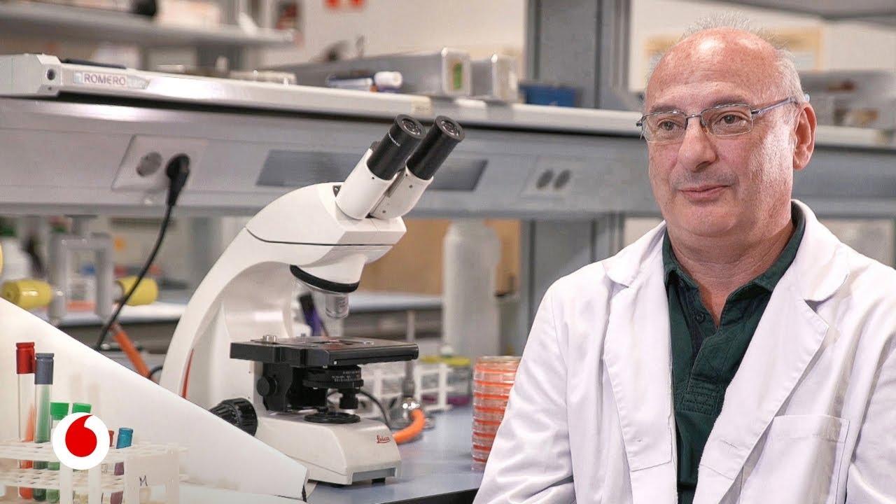 El microbiólogo español que está rozando el Premio Nobel