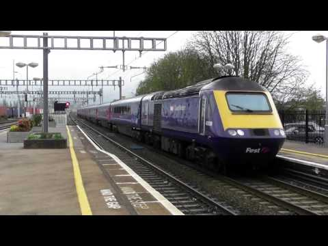 Great Western Railways Class 43 HST Arriving Into Didcot Parkway (29/3/17)
