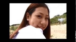 佐山彩香 制服とテニスコートでビキニに着替える 雨坪春菜 検索動画 15