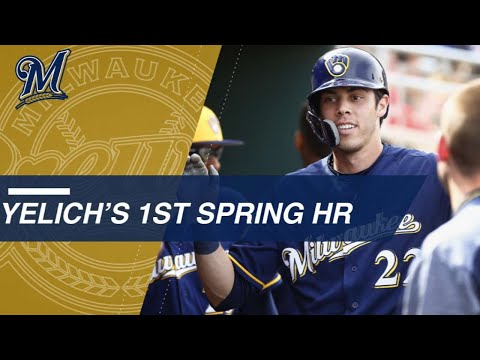 Yelich belts first Spring Training homer with Brewers