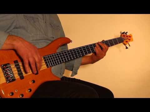 Musicradar Bass Expo 2014 : Cassidy CB901 5 String Active Bass