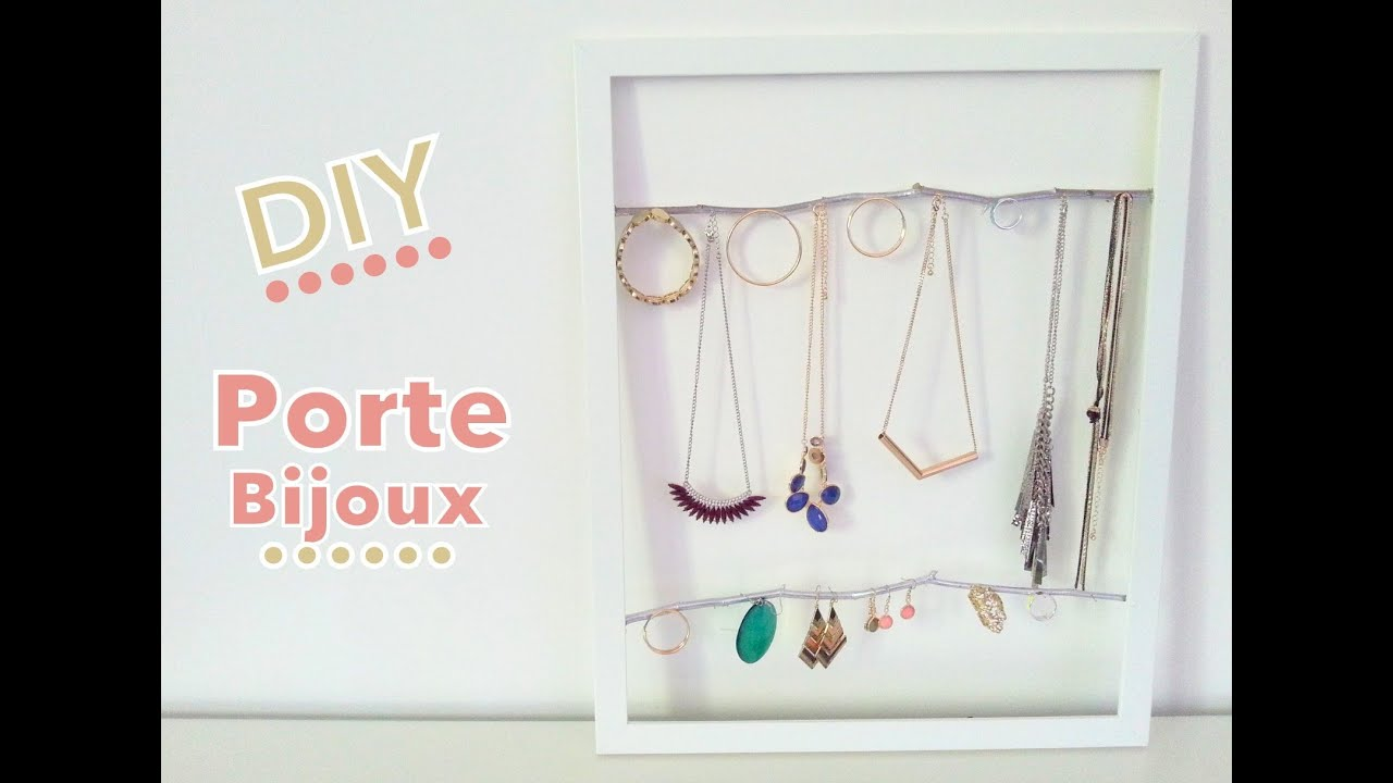 diy porte bijoux avec cadre photo et branches d 39 arbre youtube. Black Bedroom Furniture Sets. Home Design Ideas