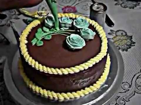 Menghias Kue Ulang Tahun Mawar - YouTube